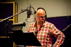 Rex Linn at the mic; Photo by Alex Linares